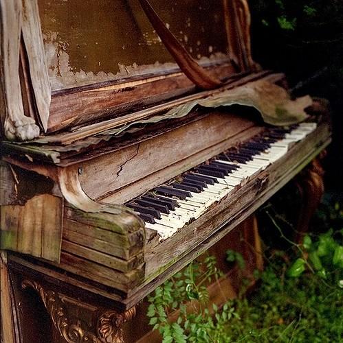 钢琴的起源:古钢琴图片